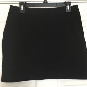 🆕 H&M Mini Skirt